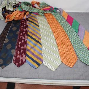 Nice lot of 8 Neck Ties